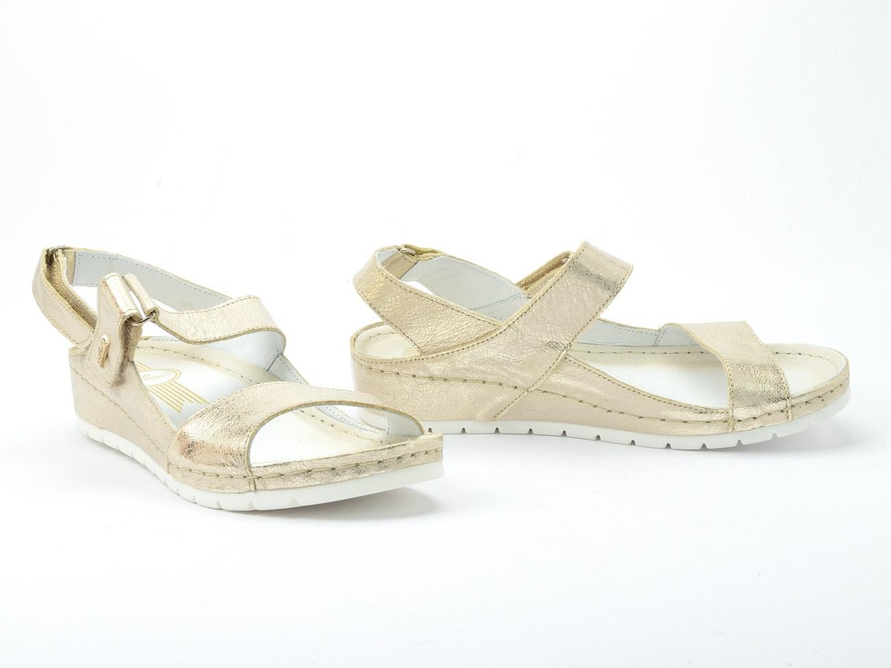 Sandały na koturnie Lemar 50052 Zr. Beż